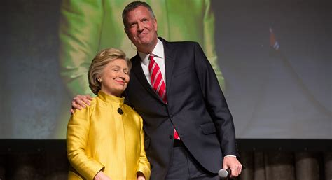 Leaked emails show Clinton camp eyeing de Blasio warily